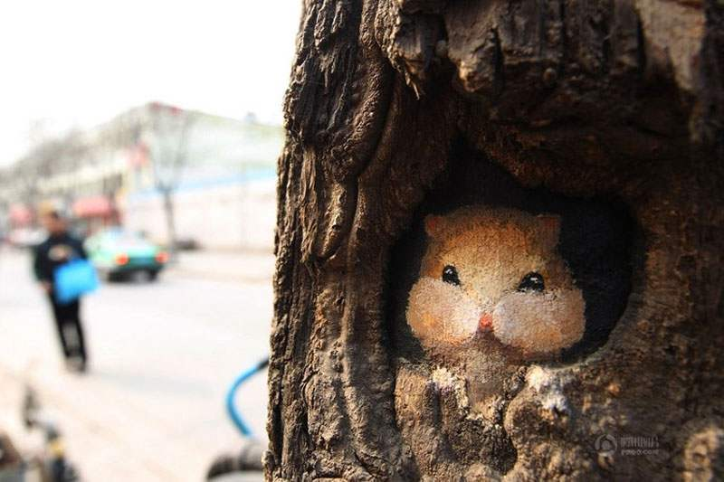 wang-yue-tree-hole-paintings-6